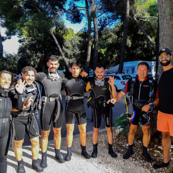 Probaj zaroniti pod morem, zabava sa prijateljima na ljetnom odmoru Hippocampus Ronilački Centar Istra