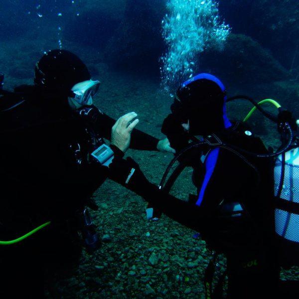 Unterwasserfähigkeiten üben Hippocampus Tauchen Center IstrienHippocampus Tauchen Center Istrien