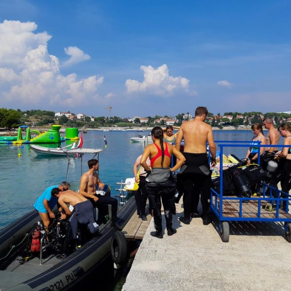 Boat dive Pula Hippocampus Diving Center Istria